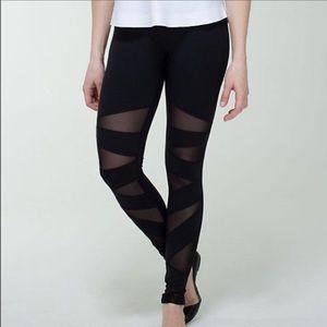 Lululemon Tech Mesh Tights / Leggings